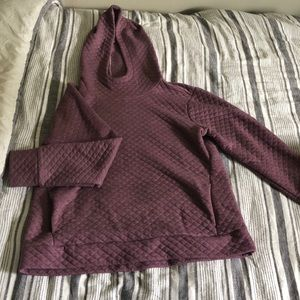Quilted hooded top
